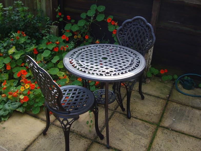 Tous les avantages d\'un meuble de jardin en aluminium | Le Blog de ...