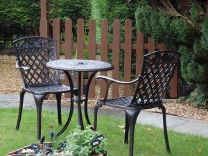Table_et_chaises_bistro_anglais