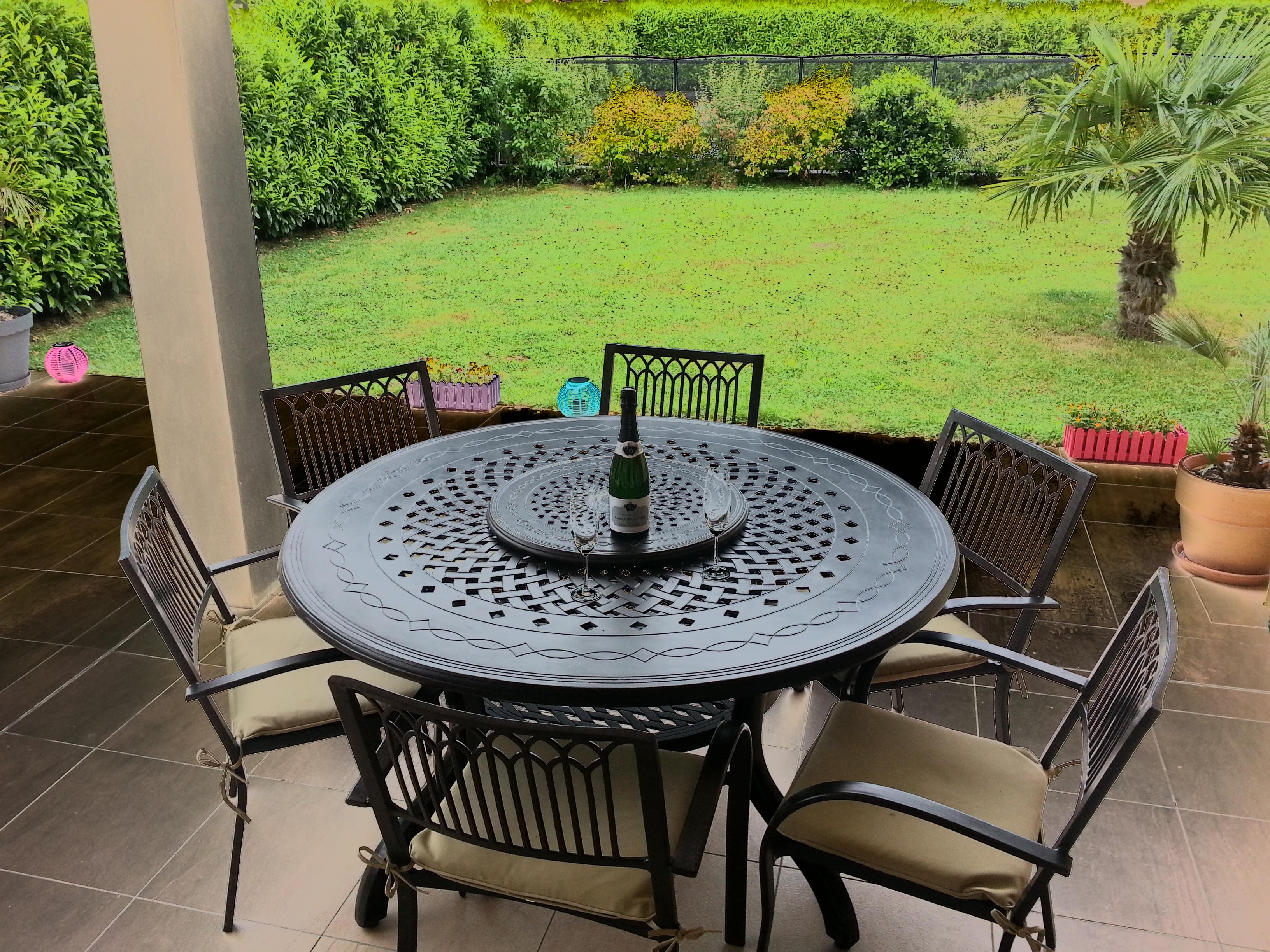 table ronde mtal jardin good superb table jardin metal ronde pliante table ronde with table. Black Bedroom Furniture Sets. Home Design Ideas