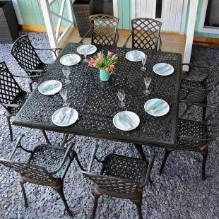 Grande table de jardin carrée | Le Blog de Lazy Susan