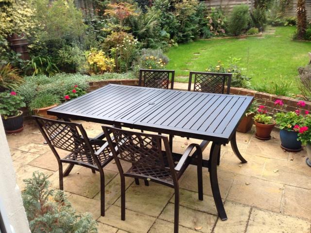 table-de-jardin-extensible-haut-de-gamme